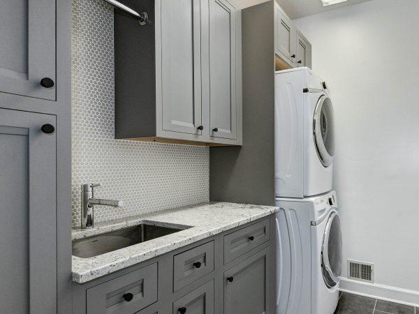 Dovetail Gray on Maple Flush Inset using Somerset Door