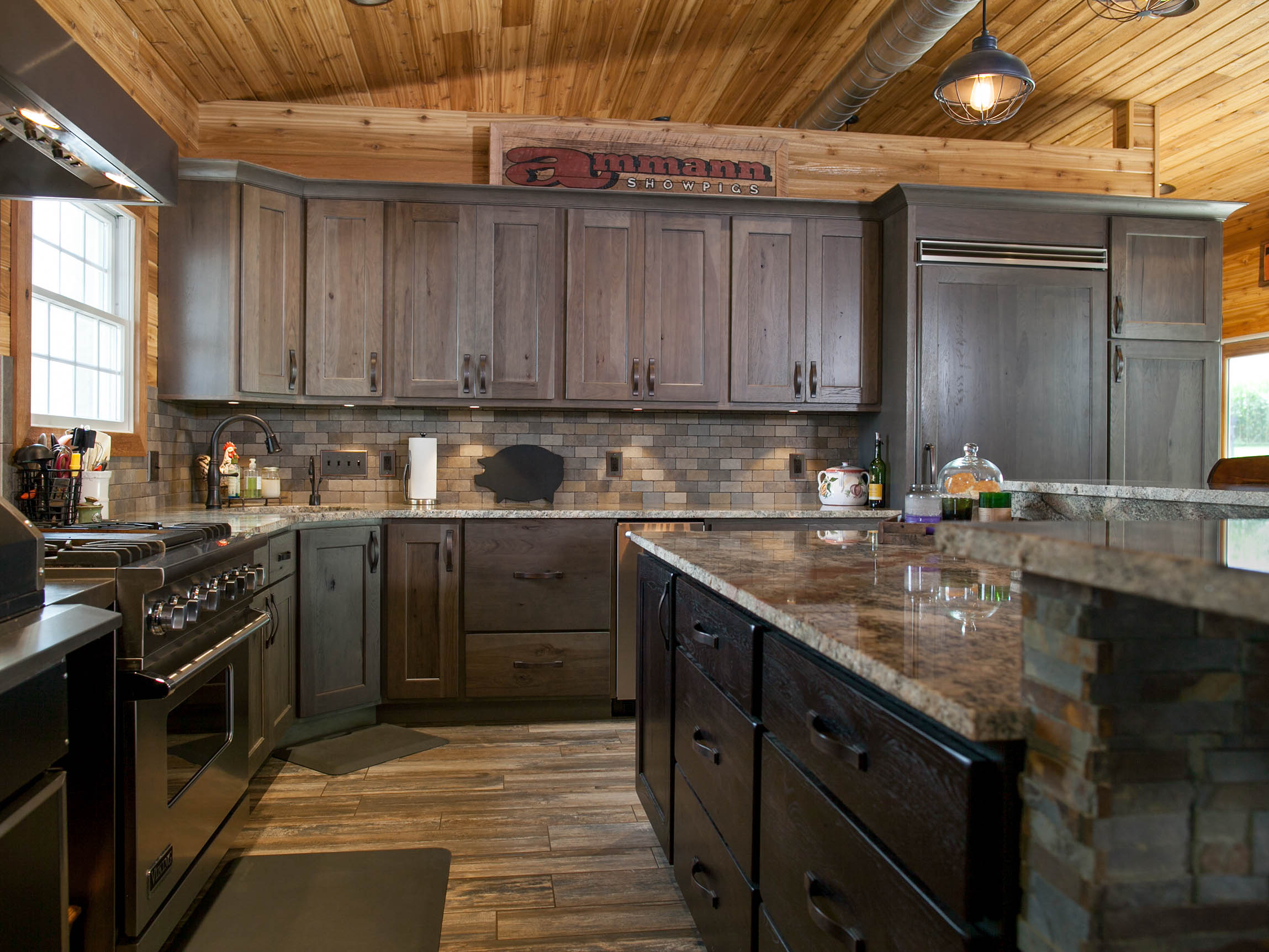 Silas on Rustic Hickory Standard Overlay using Heritage ...